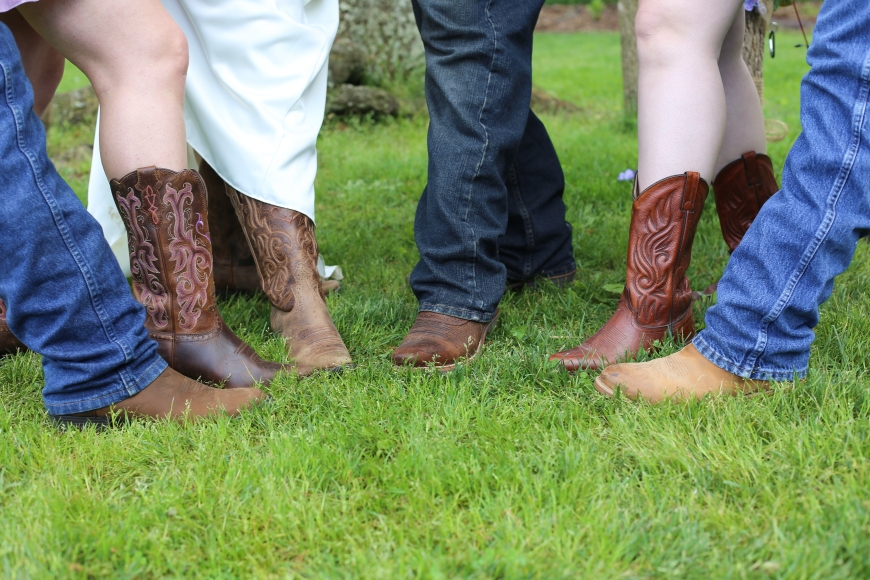Couldn't be a country wedding without these!